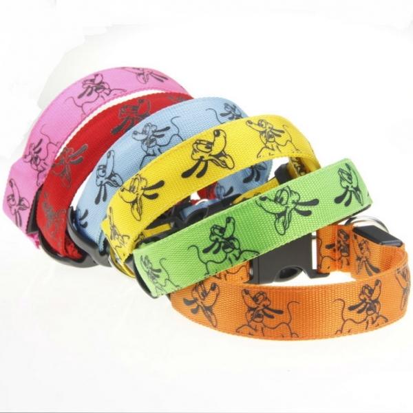 http://lavidaenled.com/tienda/776-thickbox_default/collares-luminosos-para-perros-pluto.jpg