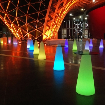 Mesa de luz, 50x120cm, led, RGB, recargable, Cone