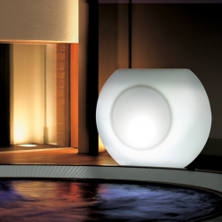 "Macetero luminoso led 'Alboran"" L110x68xH90cm, luz 16 colores, recargable"